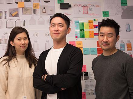 (From the left side) Designer Mijin Kim, Senior Designer Taekgeun Chang and Principal Designer Heebong Kim (team lead) in Experience Design Team