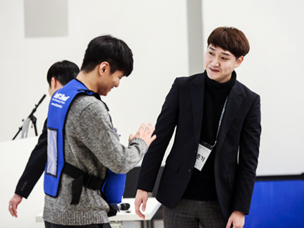 Junki Lee says Hyundai Card was his dream job place.