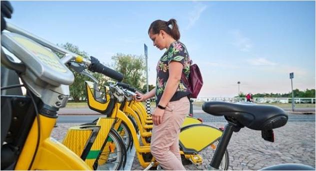 한정된 공간에 여러 사람이 머무는 버스나 지하철 대신 공유 모빌리티를 이용한 출퇴근 사용자가 늘었다. (출처=Shutterstock)